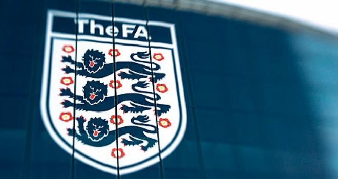 Inghilterra: annullati campionati minori