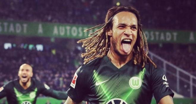 K. Mbabu (Wolfsburg)