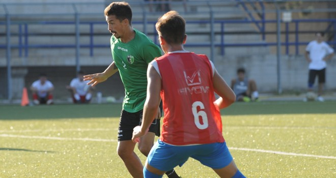 UFFICIALE - Corato: tesserato il centrocampista argentino Urruty
