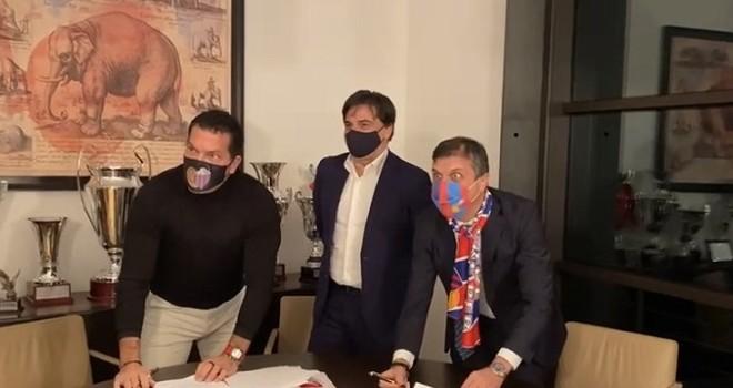 Catania, Tacopina firma il contratto preliminare