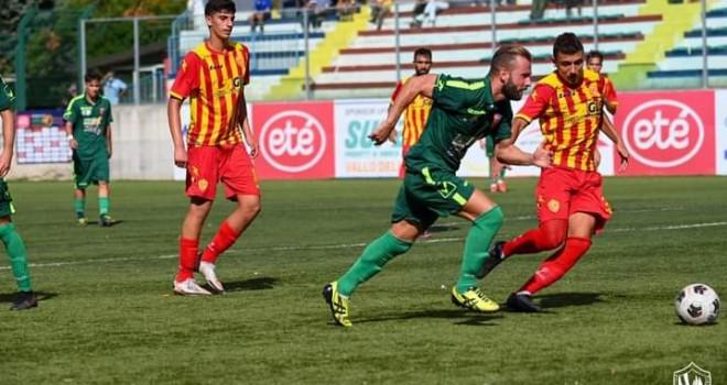 L'ex Tandara decide il derby al 92':Gelbison-Santa Maria finisce 0-1