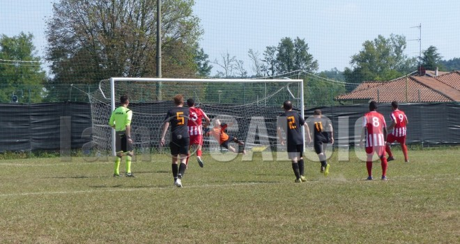 Carfora apre la goleada trecatese, 0-1
